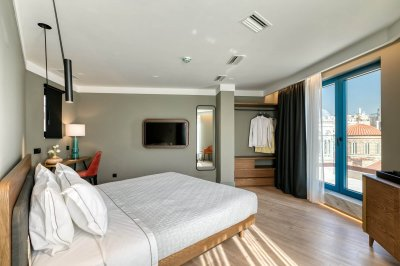 Penthouse Master Suite